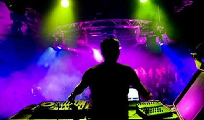 Party Planners with Mash Up Music from DJ